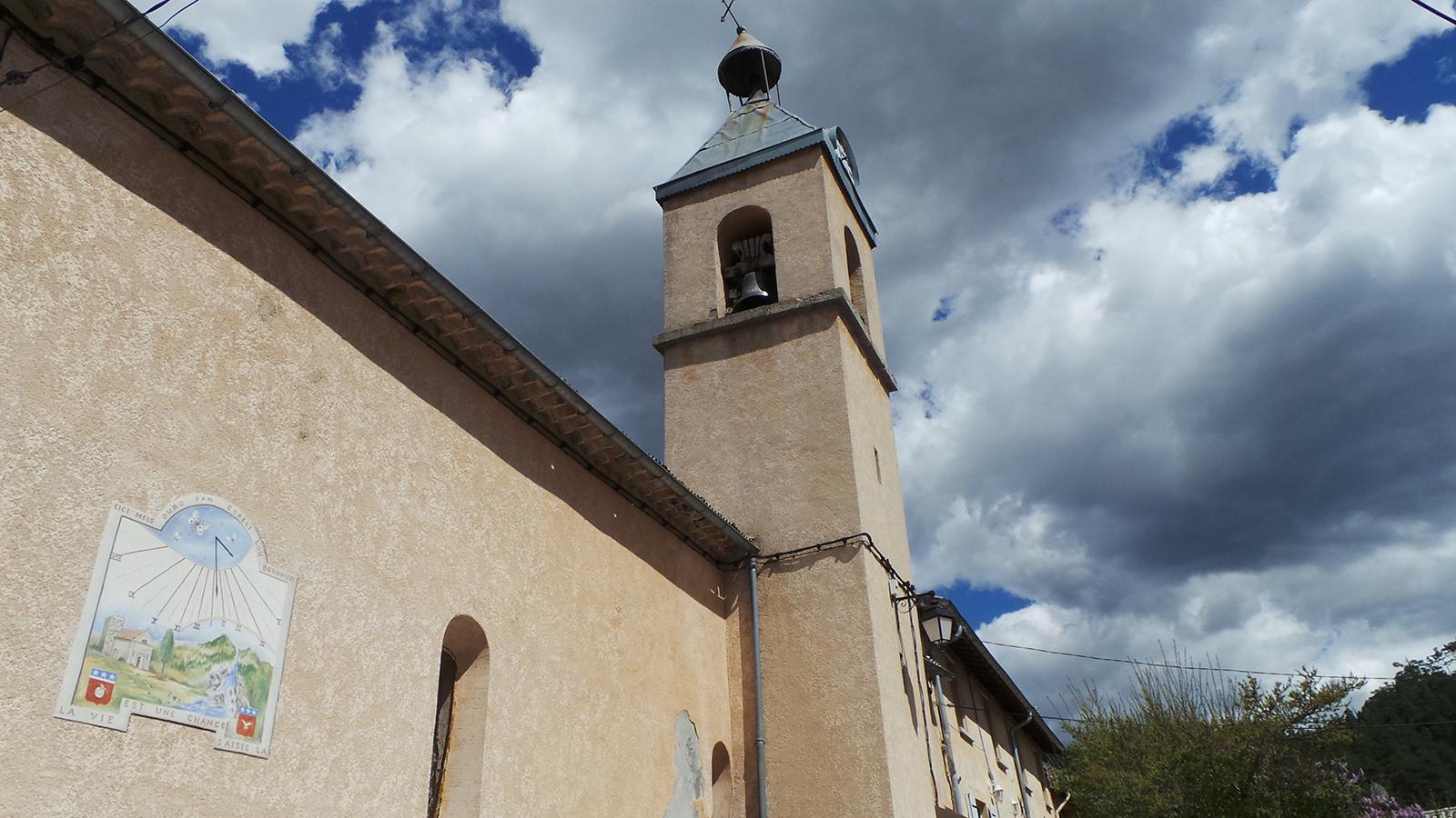 Eglise_et_cadran_solaire